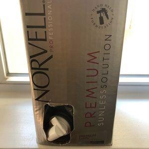 Other - Norvell self spray tan set!!